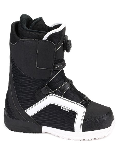 Snowboard Boots Strong Atop Quick Lace
